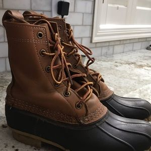Brown bean boots size 6M